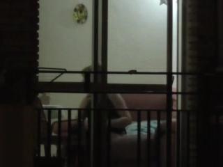 Зрелая блондинка с большими сиськами трахается со своим сосед
