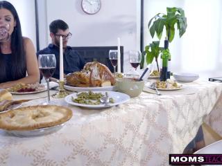 Секс видео мама-дочка траха